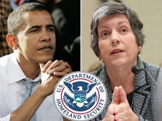 ap_obama_napolitano_dhs_081120_mn